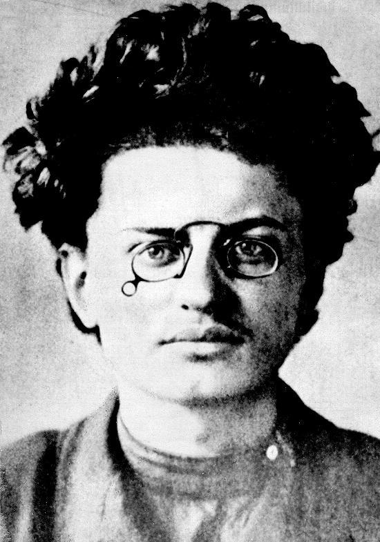 Leon Trotsky adalah